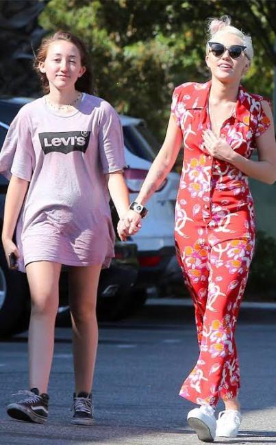 Miley Cyrus y Noah Cyrus