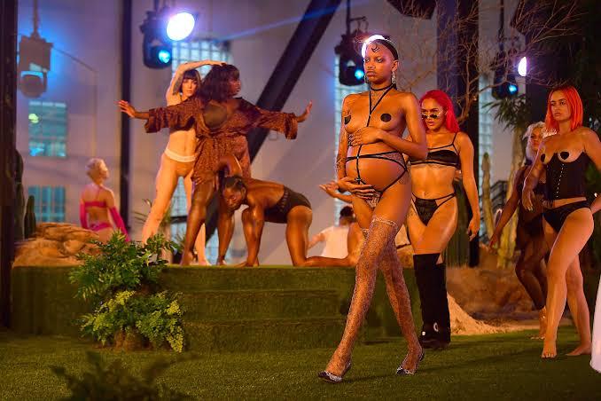 Rihanna Desfile 2020