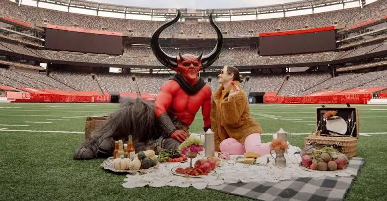 'Satanás' se enamora del '2020'